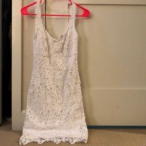 Guess lace with bodycon